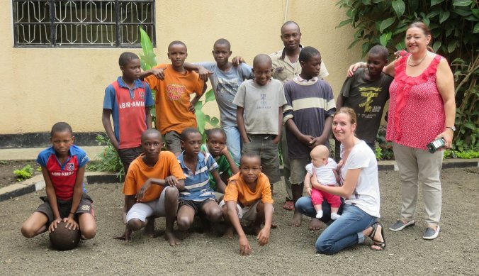Groep Child in the Stars - Watoto Foundation