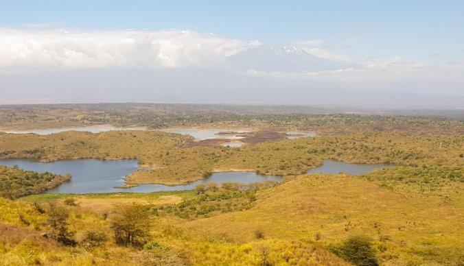 Picknickplek met uitzicht op Kilimanjaro en Momella Lakes