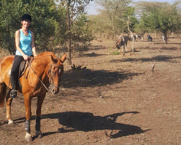 Tanzania te paard - vlakbij de indrukwekkend grote elanden