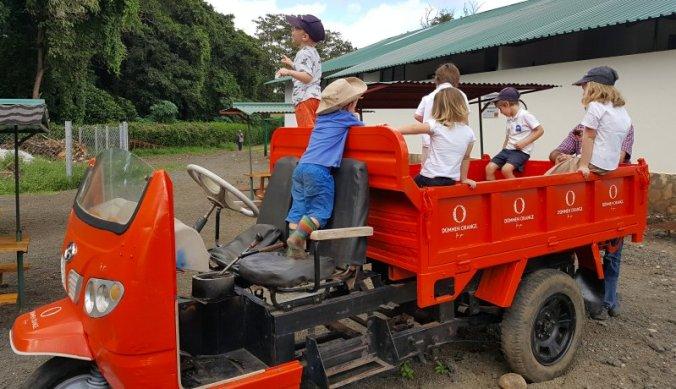 Lol op de tuktuk tijdens het schoolreisje