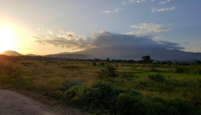 Zonsondergang Mount Meru in Arusha