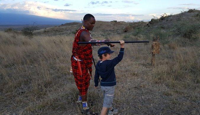 Speerwerpen met de Maasai