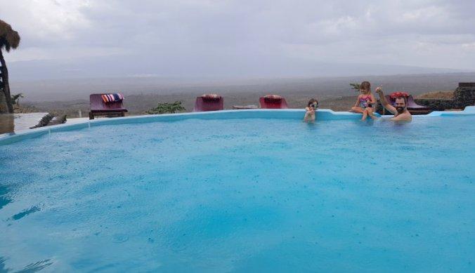 Zwembad met Kilimanjaro op de achtergrond