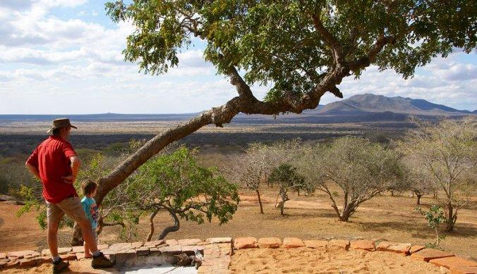 Uitzicht vanaf de veranda bij Tony Fitzjohn over Mkomazi National Park
