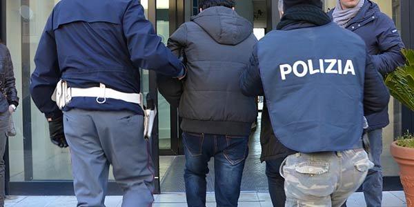 Rapinatore romano arrestato dalla polizia: era residente a Ladispoli