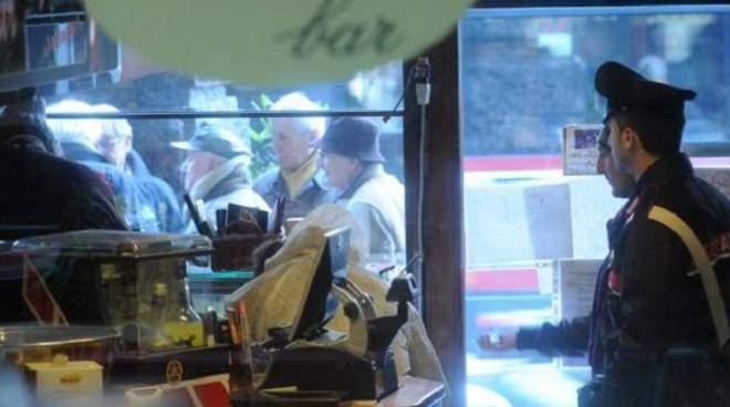 Bar della piazza chiuso: dai carabinieri: era un centro di spaccio