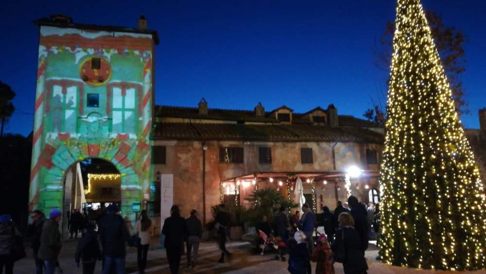Castello, il Villaggio di Babbo Natale fa il pieno di visitatori