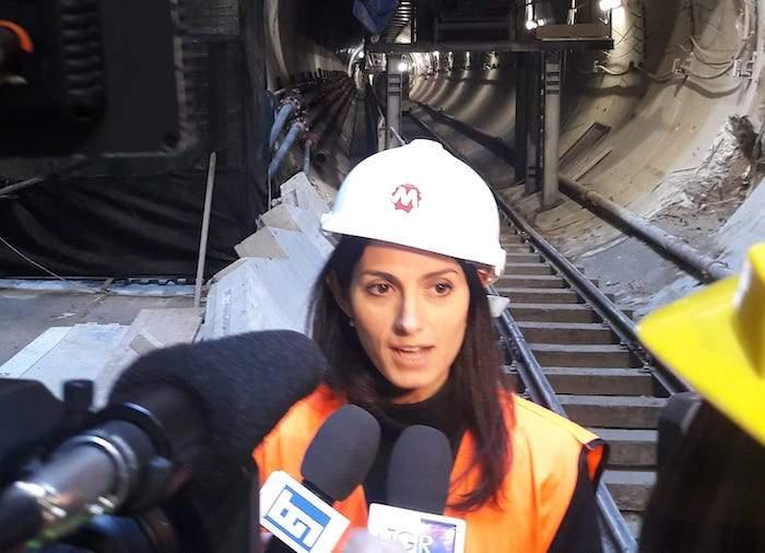 """""""La metro C avanza"""": Virginia Raggi e la cura del ferro per il triennio 2019-2021"""