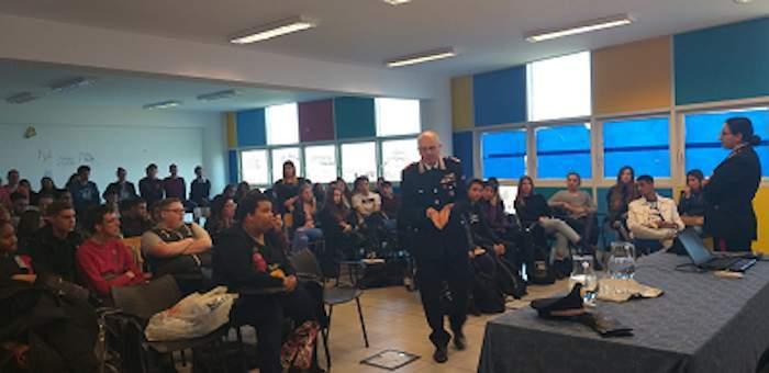 Ladispoli, gli studenti dell'Alberghiero incontrano l'Arma dei Carabinieri