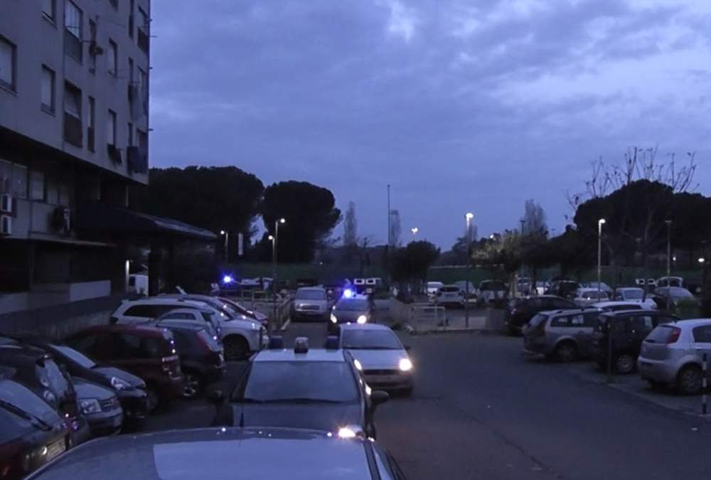 Tor Bella Monaca e Tor Vergata: raffica di arresti
