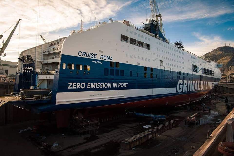 """Civitavecchia, Menditto sui fumi in porto: """"Brava Grimaldi con la Cruise Zero Emission"""""""