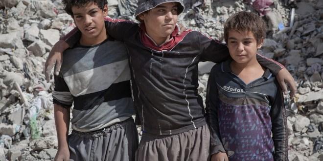 Musul'da Yıkılmış Okullar ve Eğitimden Mahrum Kalmış Çocuklar