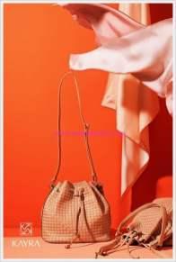 Kayra örgü detaylı büzgülü çanta