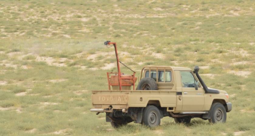 Desert Locust backpack and vehicle-mounted sprayers