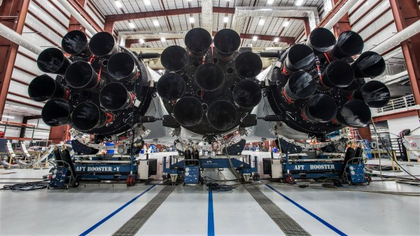 """SpaceX executive talks rocket R&D: """"Nobody paid us to make ..."""