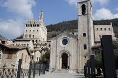 Gubbio-Piazza-San-Giovanni