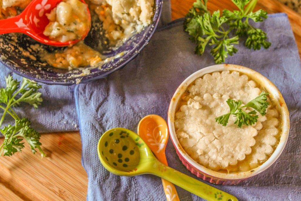 Paleo Root Vegetable Pot Pie #paleopotpie #paleochickenrecipe #rootvegetables #glutenfree #whole30dinners #paleo chickenpotpierecipedairyfree #dairyfree