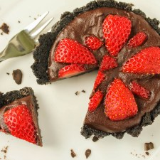 Fresh Chocolate Strawberry Tart-#Paleo #Vegan #GlutenFree