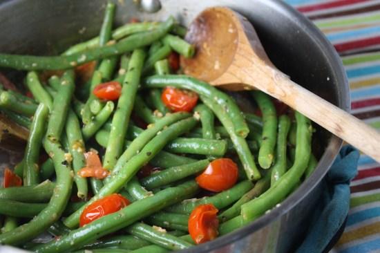 Green Bean w/ Tomatoes & Basil