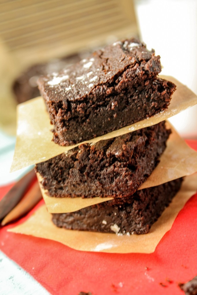 Paleo-Vegan-Brownies-