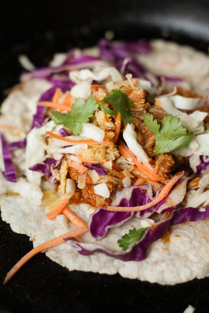 Instant Pot Chicken Tinga #paleo #keto #whole30 #glutenfree #instantpot #chicken #tacos