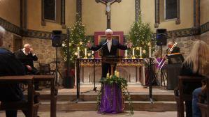 Un Noël solidaire en chansons avec Christian Moulié