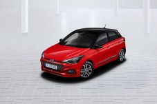 Hyundai_i20_roof m
