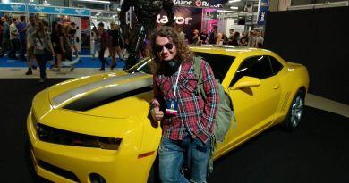 Poradnik wychodzenia z piwnicy na Comic-Con autorstwa Alvaro Gejmera
