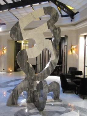 Le-Burgurndy-Hotel-Paris-2