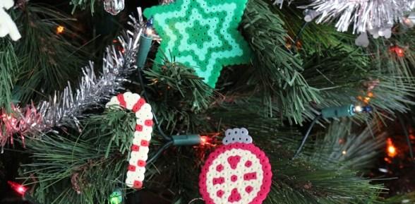 Décorations de Noël en perles Hama