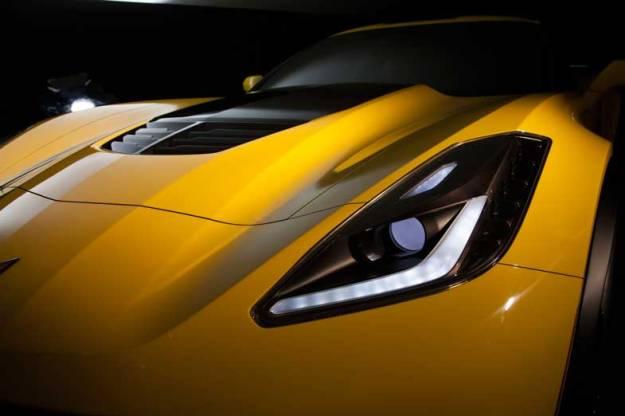 2015-Chevrolet-CorvetteZ06-014