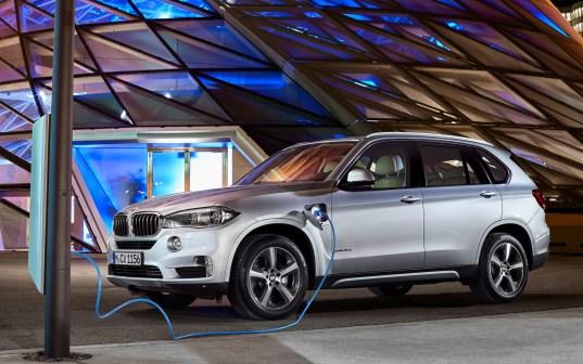 BMW-X5-eDrive40e-plug-in-hybrid_0008
