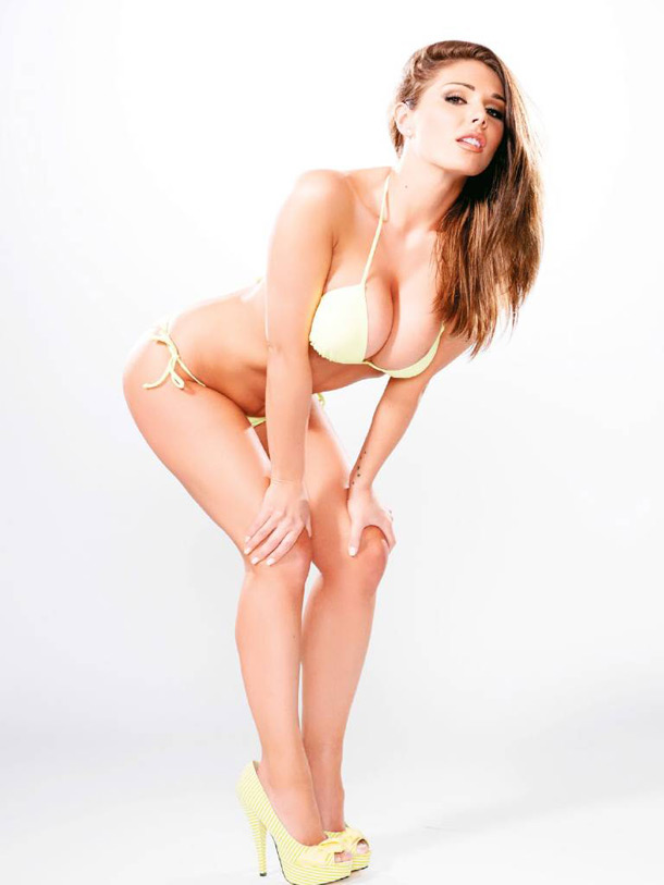 lucy_pinder2