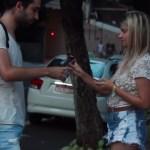 Conseguindo o número de telefone de garotas na rua