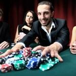 Poker: Um pouco da matemática na hora de pagar ou fugir de uma aposta!