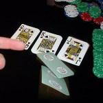 Tem horas que largar uma mão no poker é melhor do que disputar até o fim