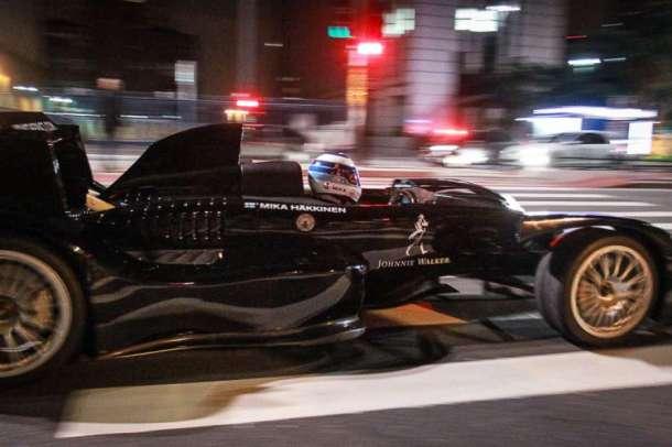 formula-1-taxi-johnnie-walker