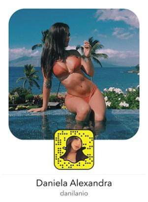 daniela-alexandra-snapchat-snapcode-sexy