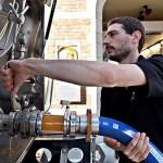 """Cidade belga inaugura o primeiro """"cervejoduto"""" do mundo"""