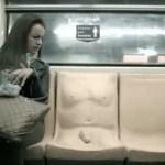 Metrô mexicano começa a oferecer assento com pênis
