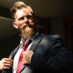 5 maneiras de parecer mais confiante em uma mesa de poker