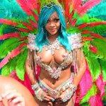 14 fotos da Rihanna sendo maravilhosa no Carnaval de Barbados