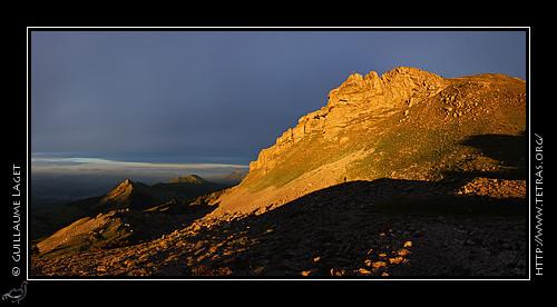 Lever de soleil sur les falaises du Pic de Gleize