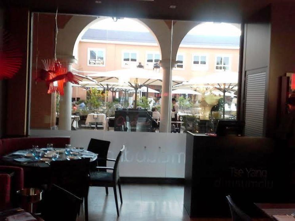 Restaurante Dim Sum Club La Moraleja ventanal Te Veo en Madrid