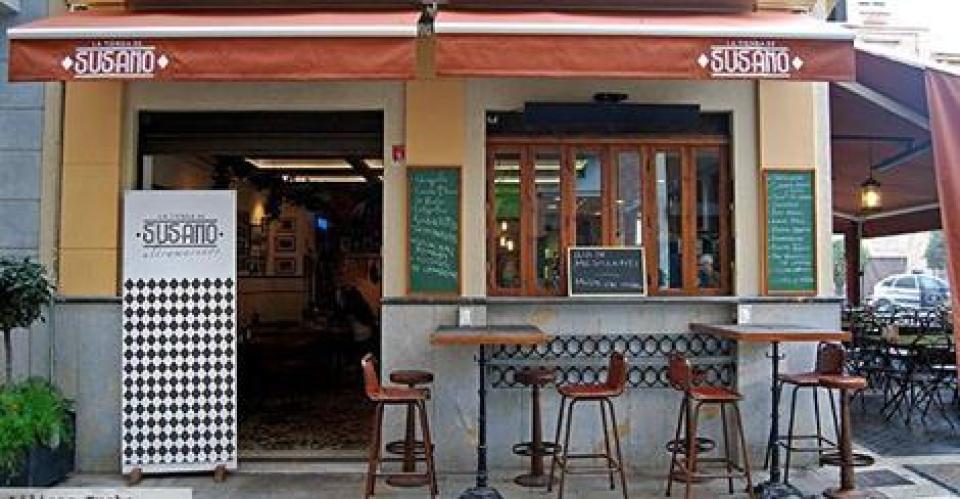 La-tienda-del-Susano-frente-a-la-catedral-de-Murcia-Te-Veo-en-Madrid.jpg
