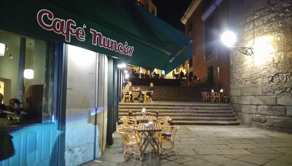 restaurante-cafe-del-nuncio-fachada-te-veo-en-madrid.jpg