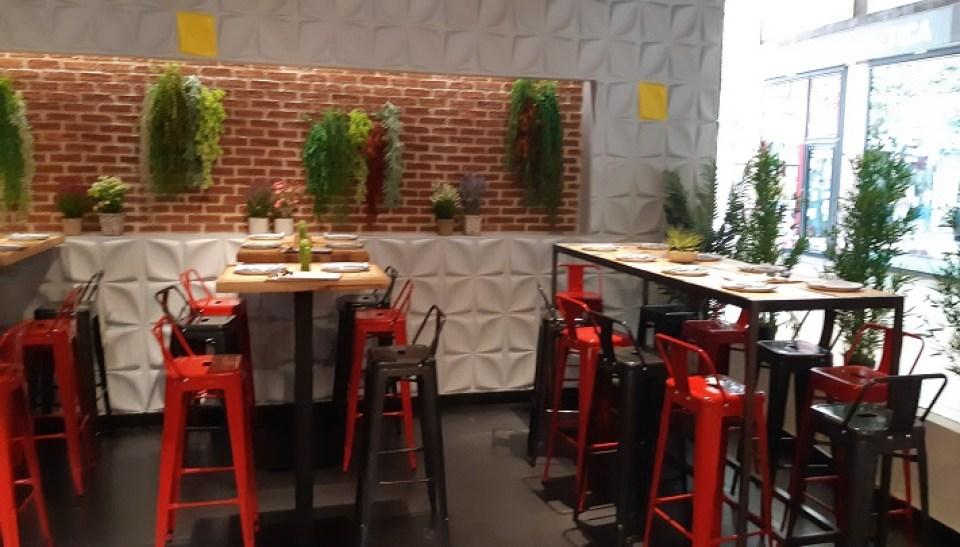 restaurante-mawey-taco-bar-mesas-altas-te-veo-en-madrid.jpg