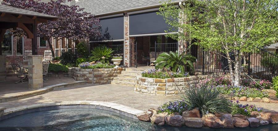 Motorized patio shades - Houston, TX backyard