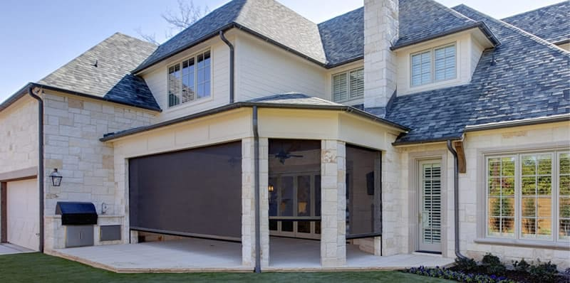 Houston TX motorized retractable screens for porches, patios and decks