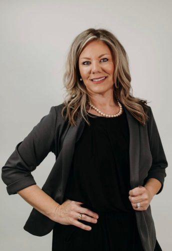 Professional photo of Nikki Cowart